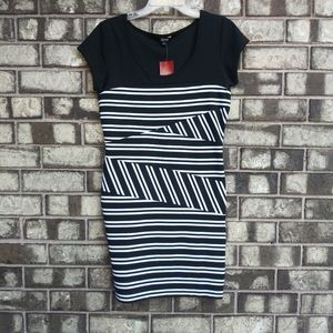 Guess black and white dress size large